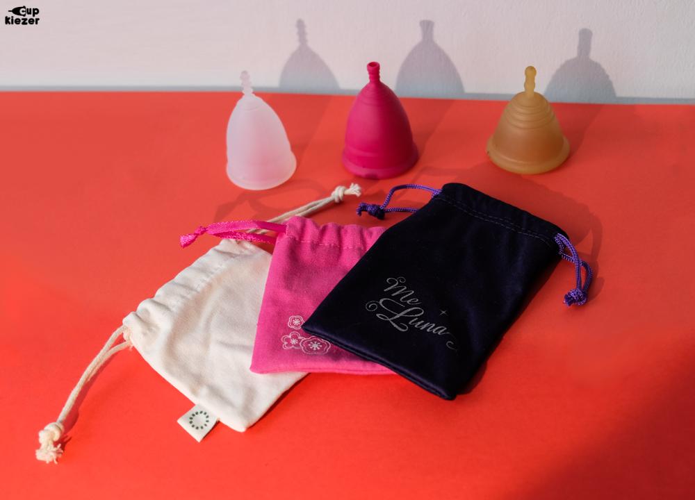 Je kunt je menstruatiecup bewaren in het tasje wat je erbij krijgt