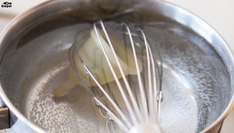 Je menstruatiecup schoonmaken door te koken